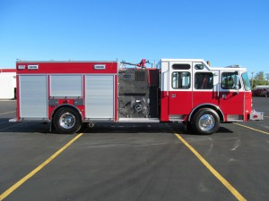 Bourne, MA Fire Department - Stainless Steel Side Mount Rescue Pumper - Officer side