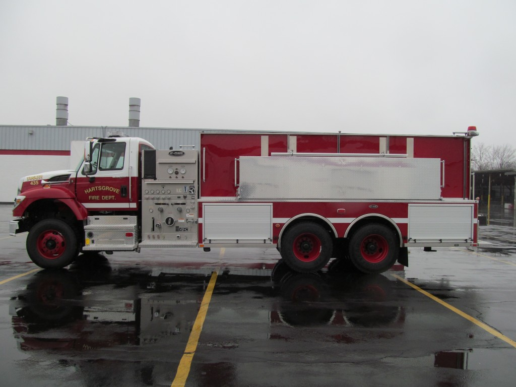 Hartsgrove TWP Fire Dept. Stainless E-ONE Pumper-Tanker - Driver Side