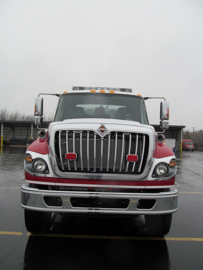 Hartsgrove TWP Fire Dept. Stainless E-ONE Pumper-Tanker - Front View