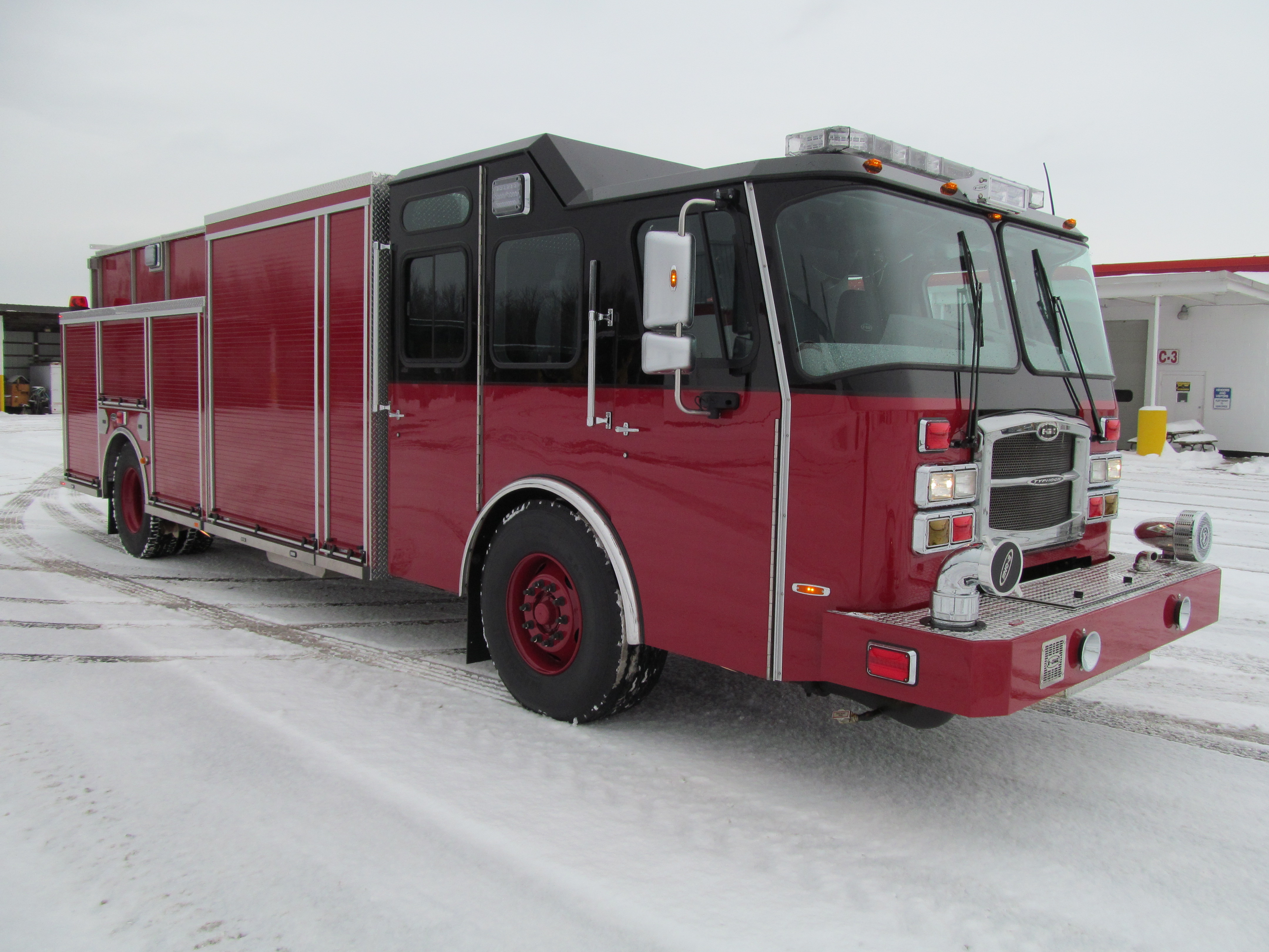 Laconia Fire Department - E-ONE Stainless Rescue Pumper