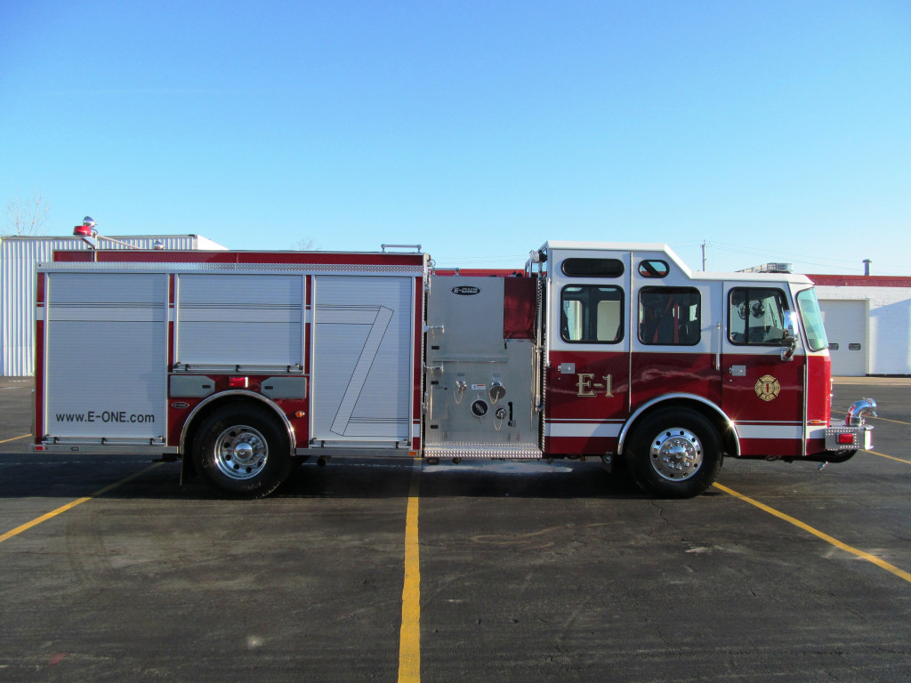 Bridgeview Fire Department - E-ONE Stainless SIde Mount Pumper - Officer Side