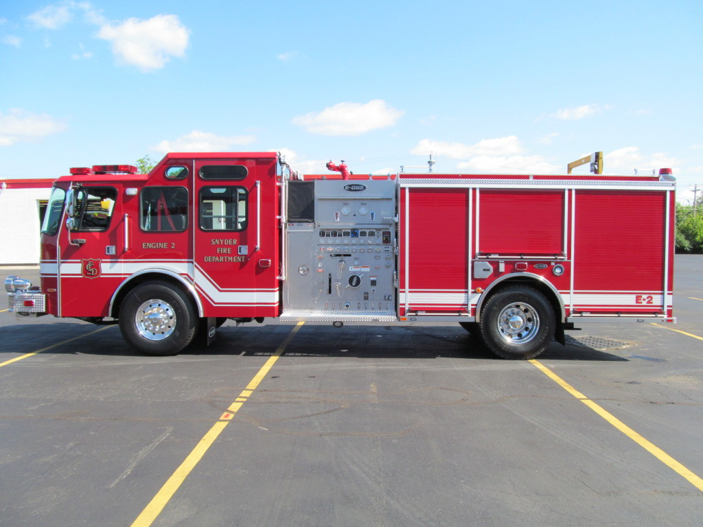E-ONE Stainless Pumper for Snyder Fire District - Driver Side