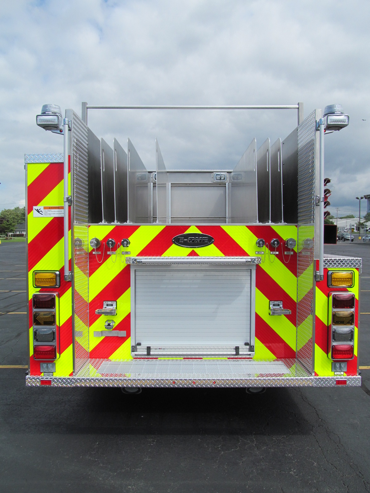 E-ONE Stainless Side Mount Pumper - Rear